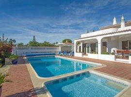 Vakantievilla in de Algarve met tennisbaan