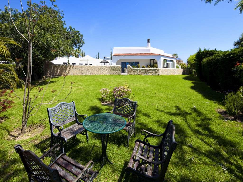 Casa blanca moderne villa carvoeiro algarve portugal - Buiten villa outs ...
