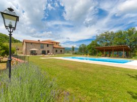 Borgo Bibbiena - 5 bedrooms, heatable pool, air conditioning - Tuscany - Arezzo