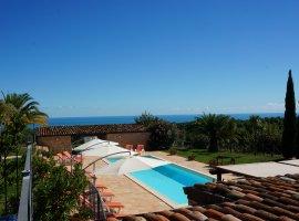 Villa Le Marche met zeezicht en dichtbij strand
