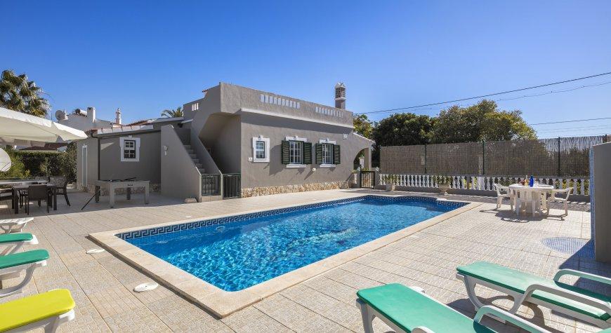 Villa Moita Swimming pool