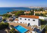 Villa Pintadinho - Luxe villa op slechts 100 meter van het strand met prachtig uitzicht op zee