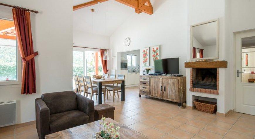 Villa Vivre 60, Ardeche, France - Portugal villas. Rent villa ...